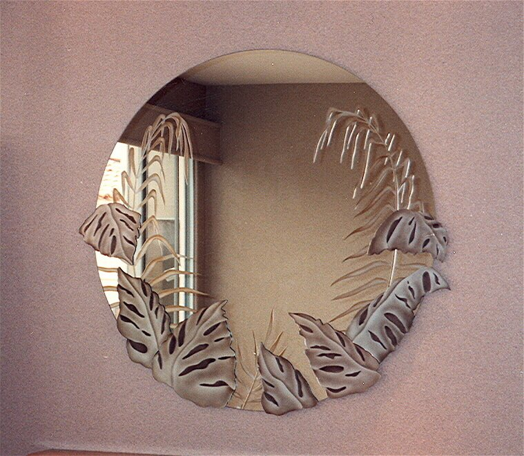 Etched glass mirrors sans soucie art glass for Glass and mirror