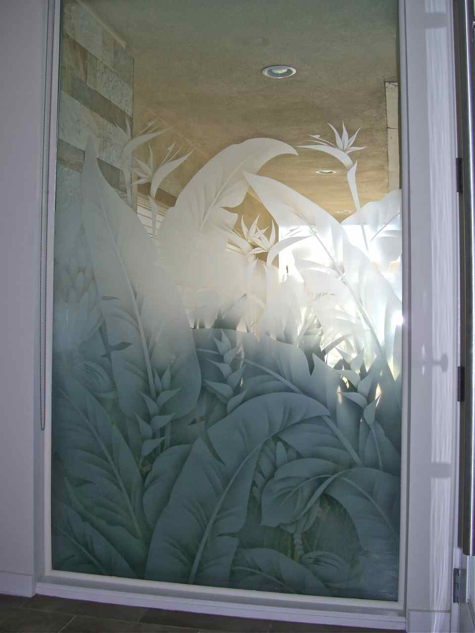 Etched Glass Tropical Design Sans Soucie Art Glass
