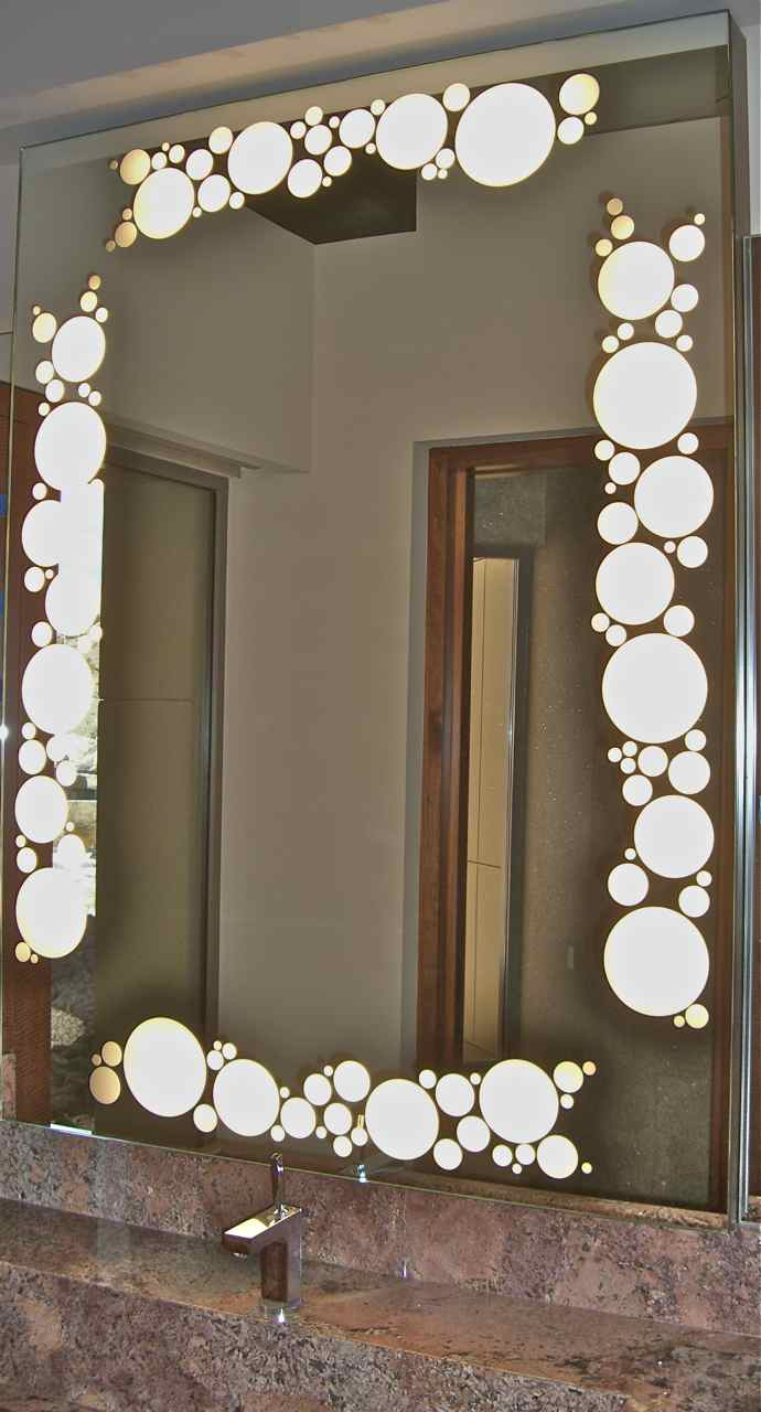 Bathroom mirrors sans soucie art glass for Mirror glass design