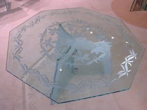 Delicate Glass Coffee Tables