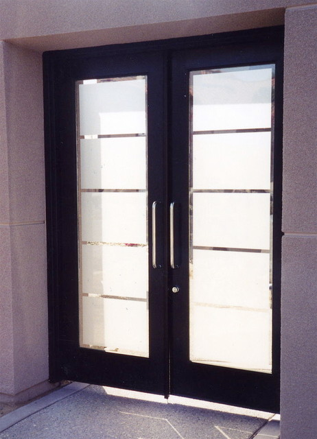 Grand Glass Traditional Style Etched Glass Front Doors