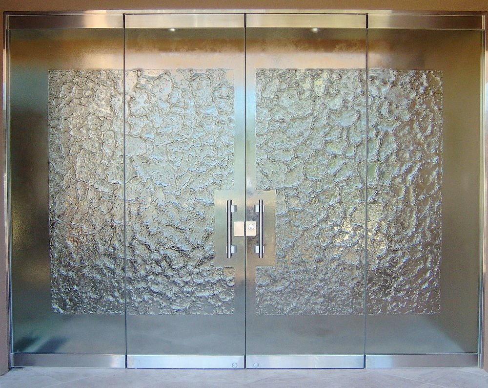 Stone frameless glass doors l sans soucie for Glass front doors