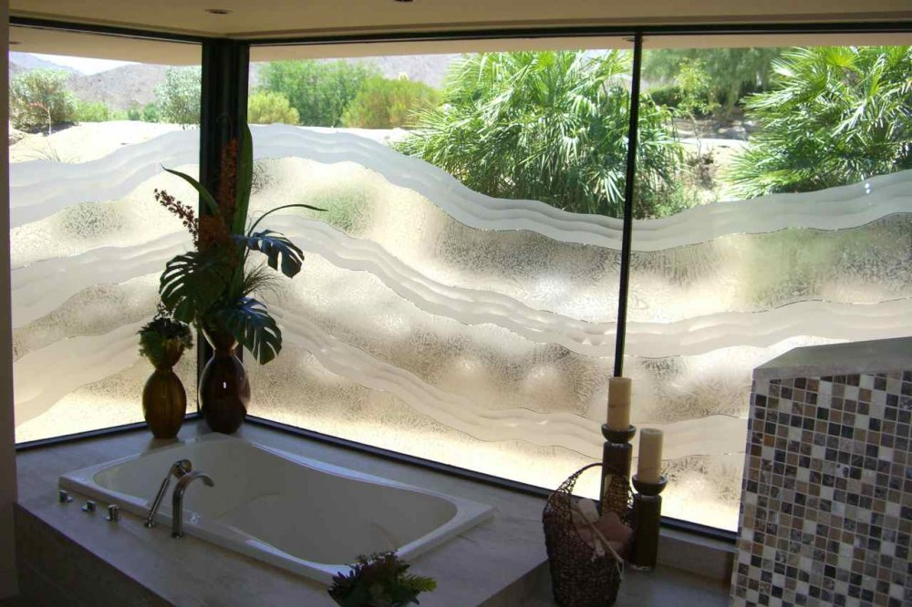 Bathroom windows with etched glass designs for privacy for Frosted glass window bathroom
