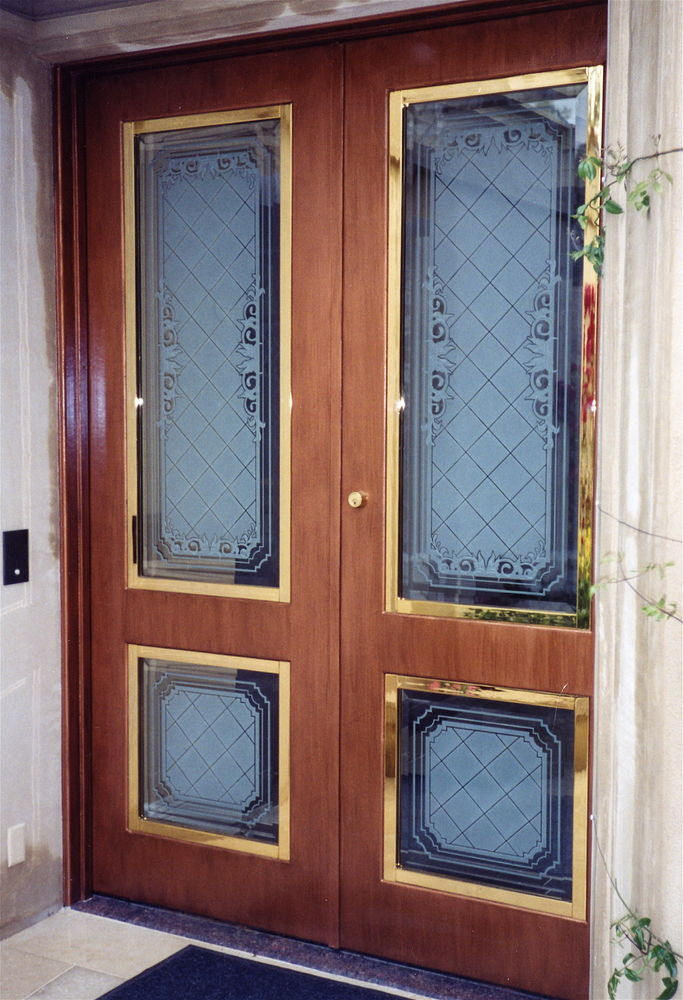 Scintillating Wooden Screen Doors With Glass Inserts