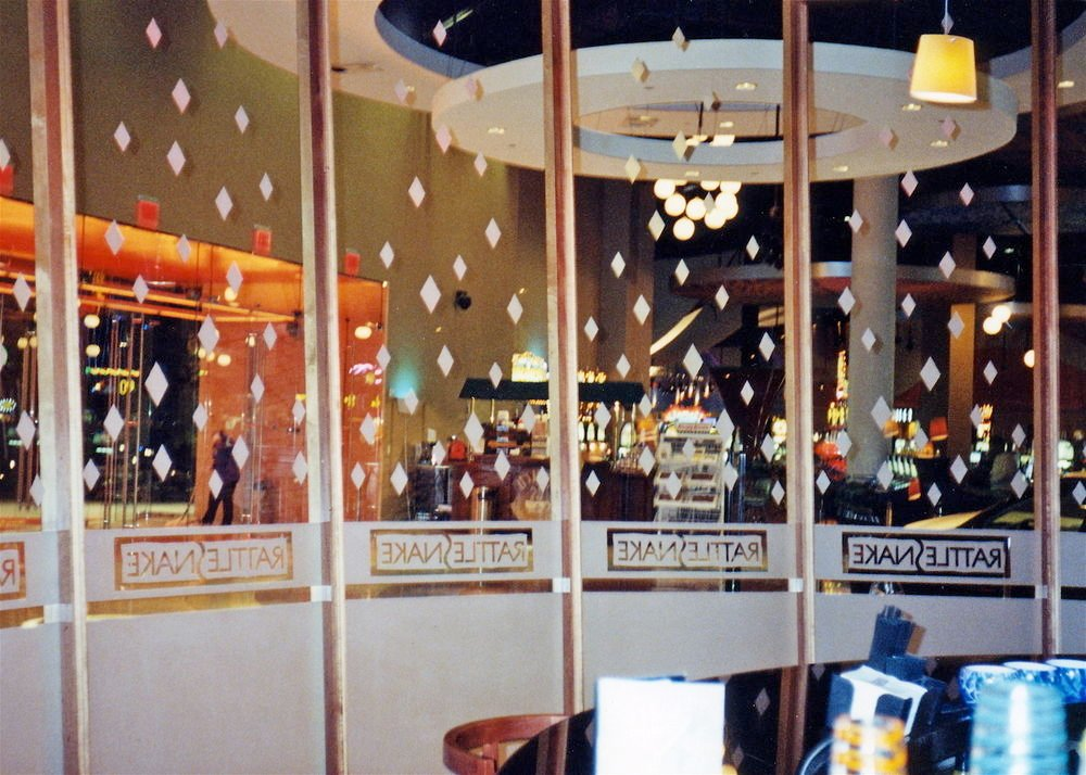 Enclosed Partitions with Etched Glass Casino Diamonds by Sans Soucie