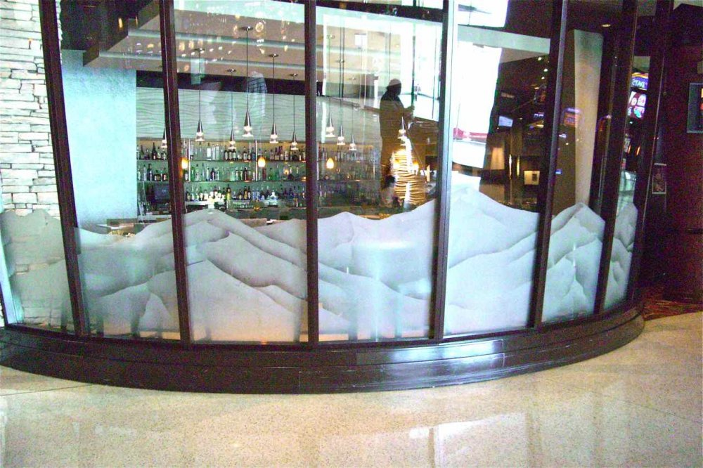 Glass Partition Wall with Etched Glass mountains by Sans Soucie