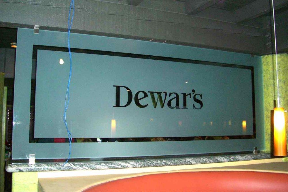 Glass Partitions Enclosed Tilted Kilt's Dewar's Sans Soucie