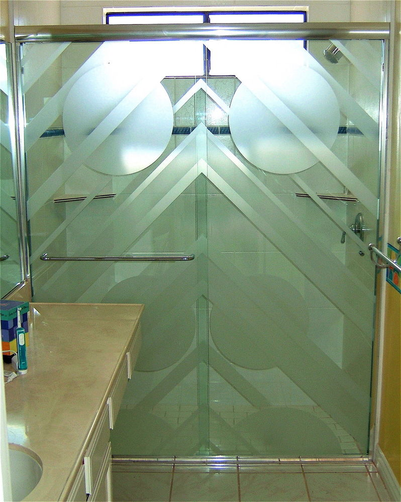 glass shower doors etched glass art deco decor triangles circles triangulum sans soucie