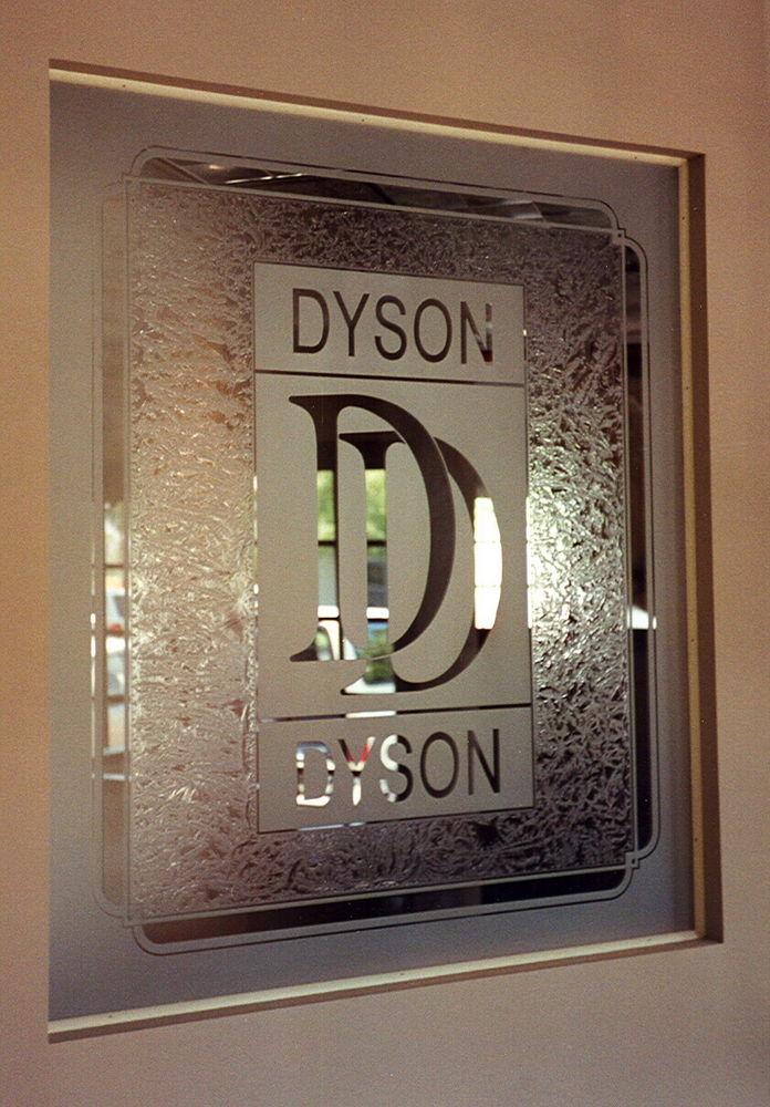 glass window etched glass Dyson & Dyson sans soucie