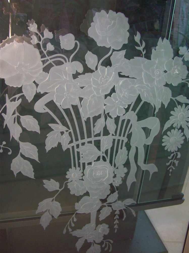 glass window etched glass French design flowery delicate palm springs florist sans soucie