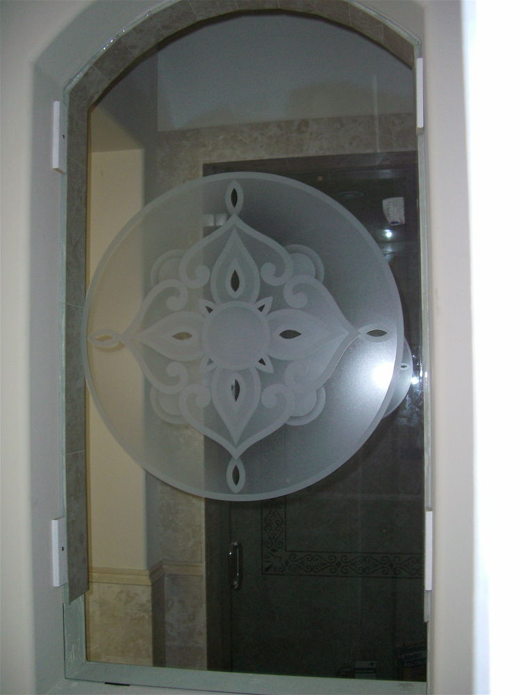 glass window etched glass French design ornate pattern rosette sans soucie