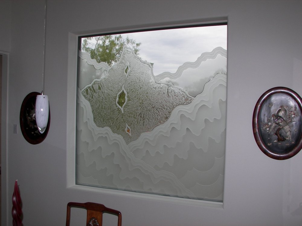 glass window etched glass rustic style outdoors hills rugged retreat dining sans soucie