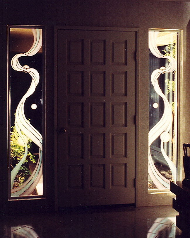 glass window etched glass modern design wavy lines ribbon reflection sans soucie