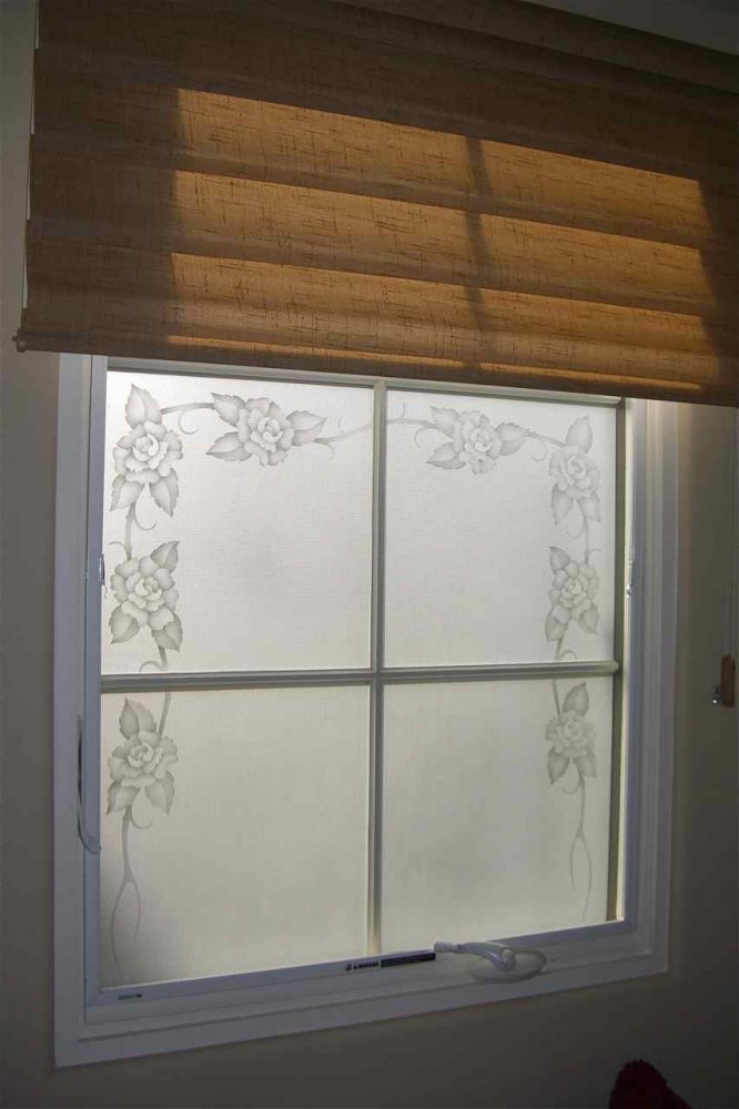 glass window etched glass English Country style flowers petals rose border sans soucie