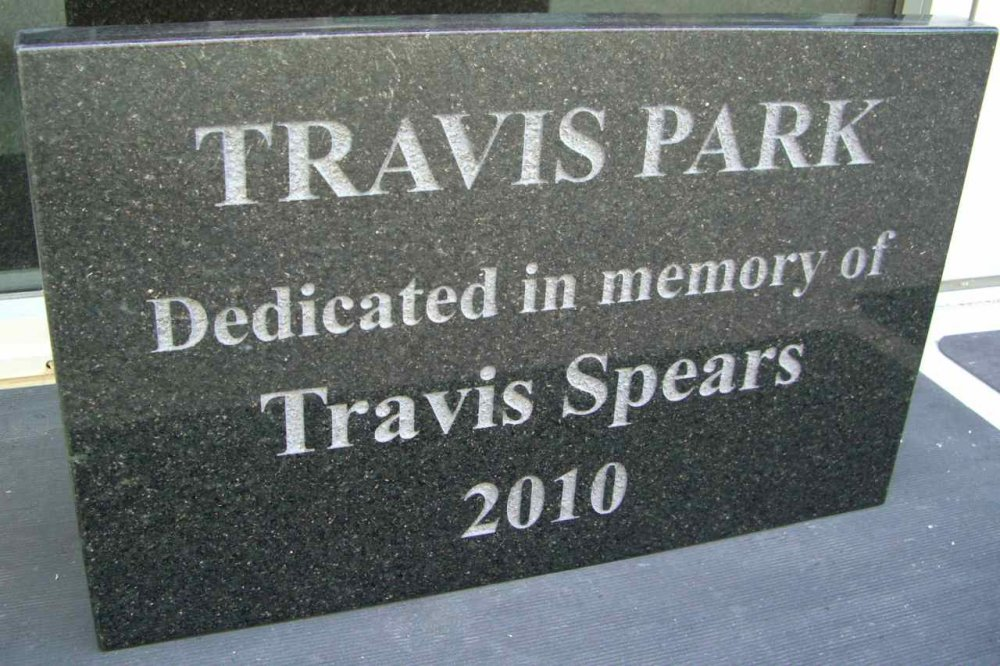 Granite Sign Travis Park Sans Soucie