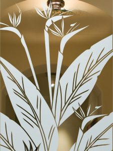 etched glass tropical style leaves flowery nature bird of paradise sans soucie