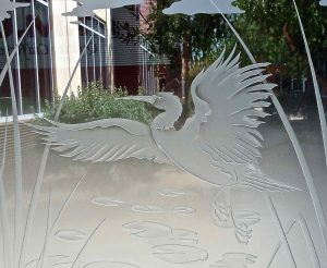 glass window frosted glass Asian design nature reeds dancing egret 3d sans soucie