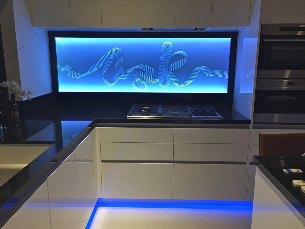 Cords 3d painted glass backsplash sans soucie - Frosted glass backsplash ...