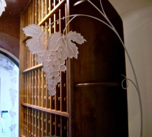 Sans Soucie Etched Glass Windows Mediterranean grapes