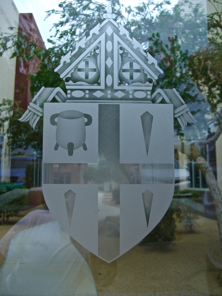 Etched Glass Windows Traditional family crests Sans Soucie