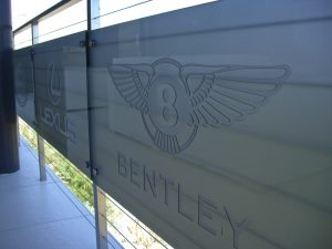 Glass Signs Carved Glass exotic car Logo Bentley Sans Soucie