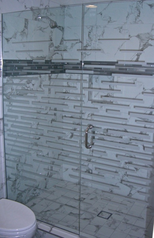Strips Expanded 1D Positive Shower Enclosures