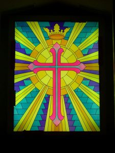 glass window stained glass beaming cross with crown sans soucie