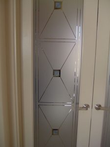 Sans Soucie Entry Doors with Glass Etching Art Deco Contemporary