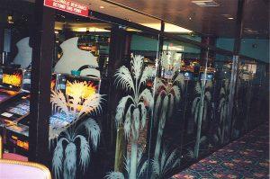 Sans Soucie Partitions Enclosed with Etched Glass Tropical palms