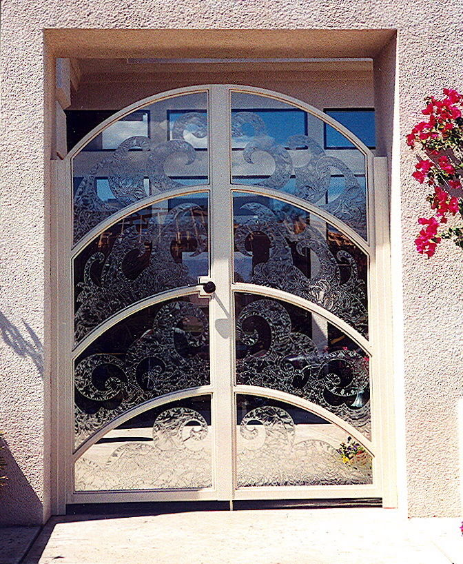 Carved etched glass gluechip waves design glass gate