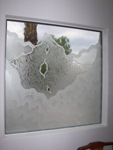 glass window custom glass rustic style natural landscape rugged retreat dining sans soucie