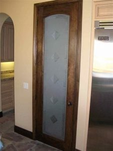 Sans Soucie Pantry Door with Etched Glass Tile Pattern