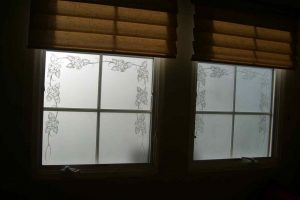 glass window etching lass English country style flowers stems rose border sans soucie