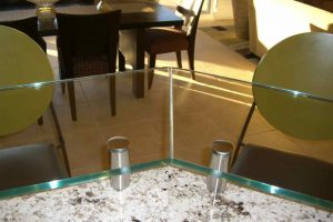 Kitchen Bar Tops Floating Clear Glass with Edges Polished by Sans Soucie