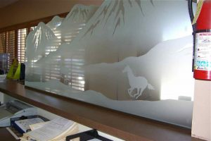 Sans Soucie Partitions Pony Wall Tempered Glass Carved Western Rustic horses
