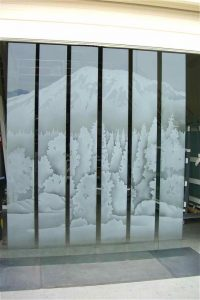 glass window frosted glass western style trees mountains silverdale ridge sans soucie