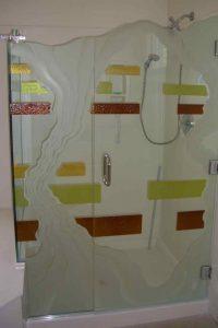 glass shower enclosures painted glass rustic style rivers patterns triptic sans soucie