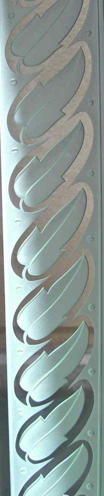 etched carved glass leaf border pattern