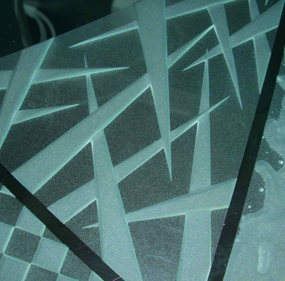 etched glass pattern carved spikes triangles