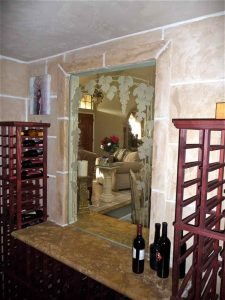 glass window glass etching Tuscan style plants vines vineyard grapes trellis sans soucie