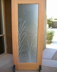 Sans Soucie Interior Doors with Glass Etching Tropical reeds