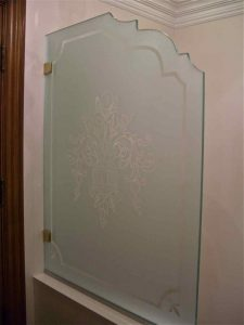 Partitions Pony Wall with Frosted Glass Traditional flowers by Sans Soucie