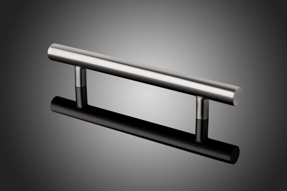 "DT1514 shown in Satin Stainless Steel (US32D).Grip diameter: 1.5""  Size range: 12"" - 86"""