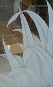 etched glass tropical decor foliage leafy reeds sans soucie