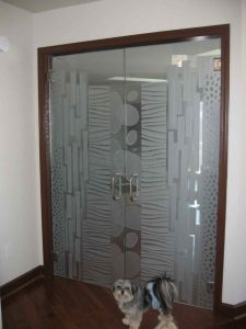 Frameless Glass Doors with Carved Etching Modern by Sans Soucie