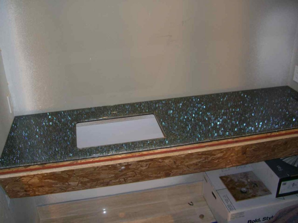 Counter Top Shattered Glass over Grey Mirror by Sans Soucie